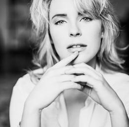 Charlotte Aubin  Eva-Maude TC