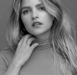 Sarah-Jeanne Labrosse  Kelly Jacob