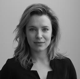 Charlotte Aubin  Léa Grantham