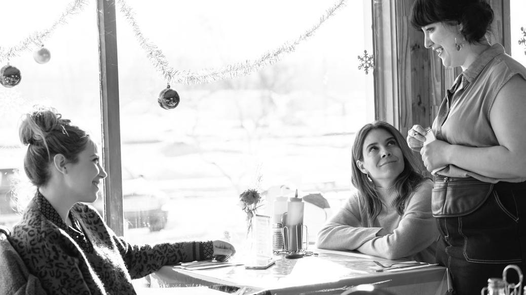 Julie Perreault et Aliocha Schneider dans le film Merci pour tout!