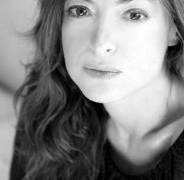 Pascale Bussières  Photo: Julie Perreault