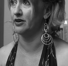 Isabelle Vincent  Dans la série Les hauts et les bas de Sophie Paquin