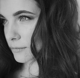 Caroline Dhavernas  Pierre Manning - shootstudio.ca / Salon de coiffure Panache